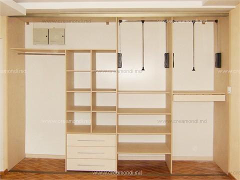Шкаф в спальне своими руками 33